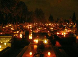 cintorin-plny-svetiel